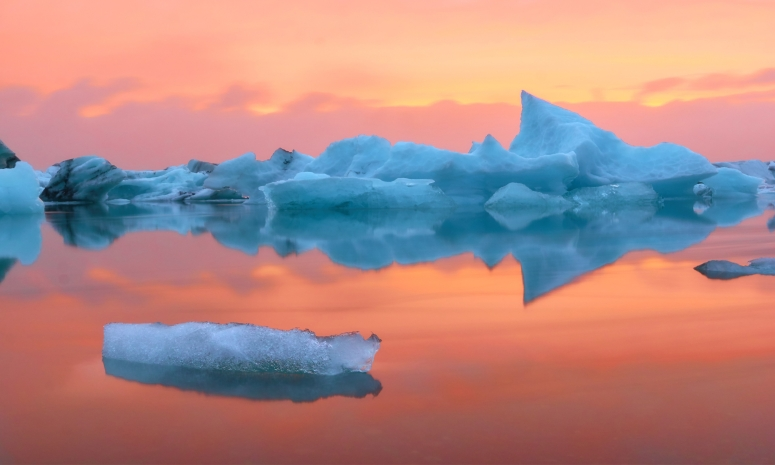 iceland_-_water_and_ice.jpg