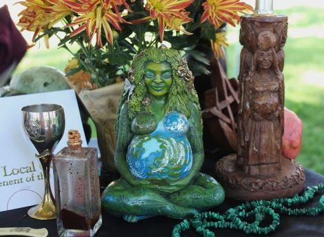 pagan-altar-1034856_960_720